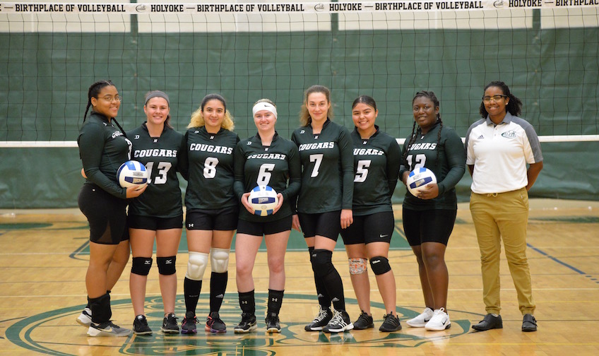 2a551f26a32 Cougars Volleyball 2018
